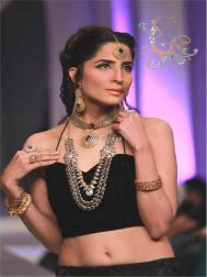 Nadia Chottani Jewellery Collection at BCW 2013 012