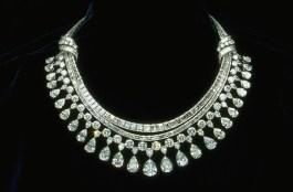 Diamond Necklace Designs 006 600x396