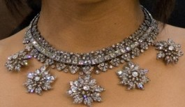 Diamond Necklace Designs 007 400x232