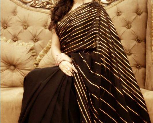 Humaima Malik Wearing Saree