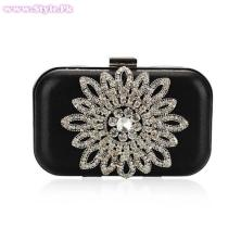 Latest Fashion of Clutches for Girls 2014007