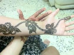 Simple Mehndi Designs For Girls 0018