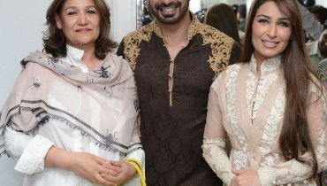 Reema Khan with HSY at opening of Ready to wear flagship store by HSY