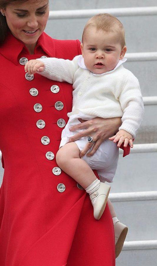 The Royal Family At Royal Tour Pic 03