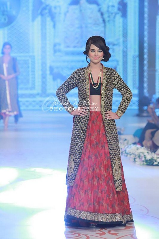 Nida Azwer Collection At Pantene Bridal Couture Week 2014 002