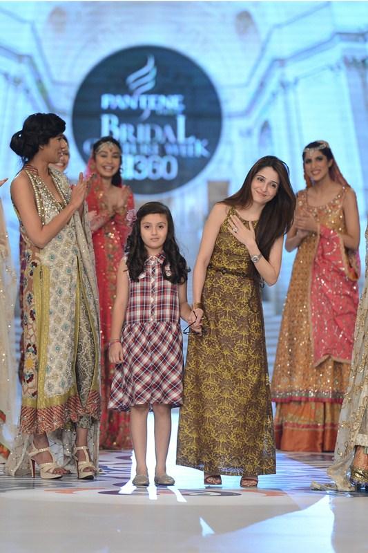 Teena Durrani Collection At Pantene Bridal Couture Week 2014 0012