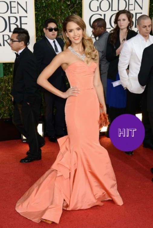 What Hollywood Celebrities Like To Wear In Shows 06