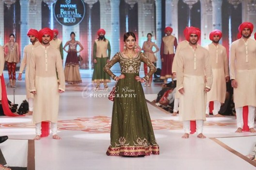 Zaheer Abbas Collection At Pantene Bridal Couture Week 2014 001