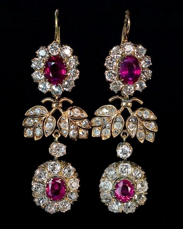 Trends Of Ruby Jewellery For Women 005
