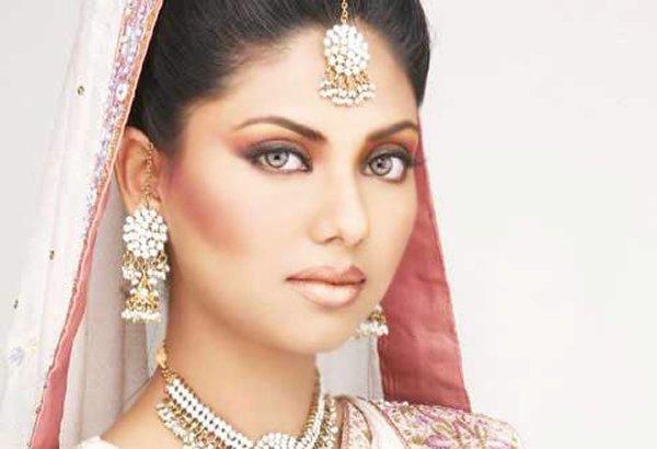Top Pakistani Beauty Salons For Bridal Makeup 003