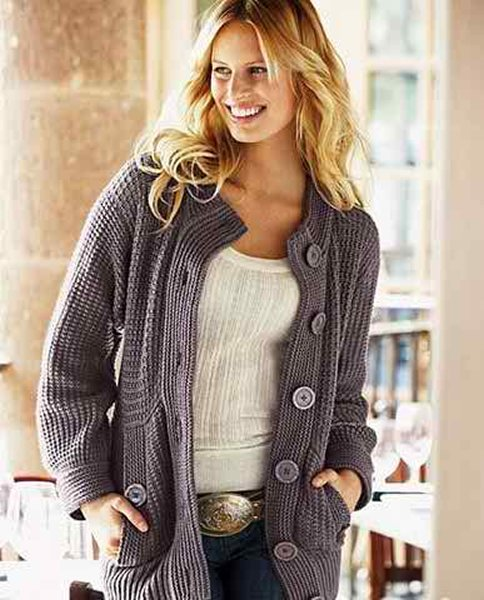 New Designs Of Winter Long Sweaters For Women 007
