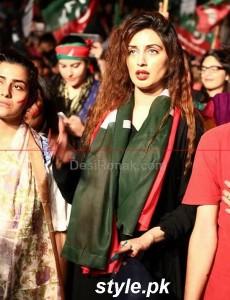 PTI Darna In Karachi, Celebrities is here 12