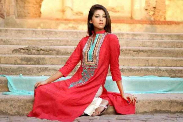 Pakistani Dresses For Girls 2015