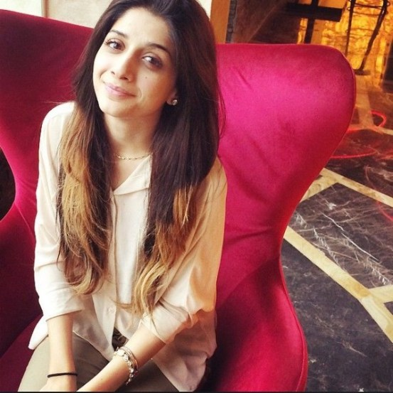 Pics Of Pakistani Actresses Without Makeup and Photoshop Effects