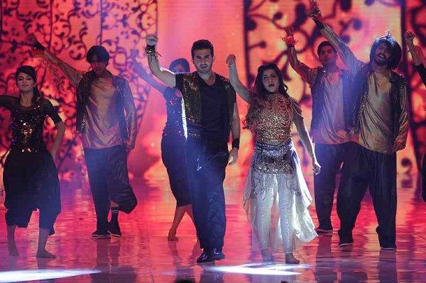Top Peformers In Pakistani Showbiz Industry005