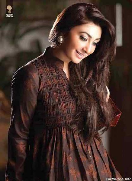 Which Pakistani Actresses Have Long Hairs 005
