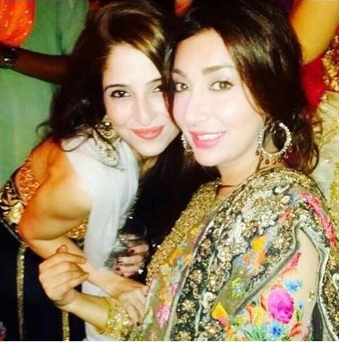 ayesha khan at friends party