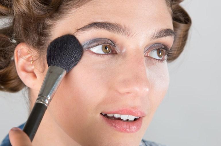 Deal with Makeup