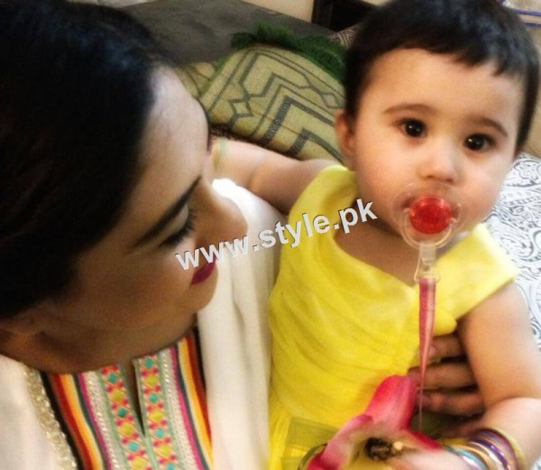 Birthday Celebration of Madiha Rizvi and Hassan Noman's daughter Annaya (3)
