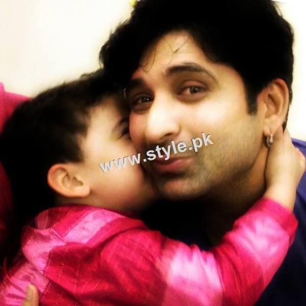 Birthday Celebration of Madiha Rizvi and Hassan Noman's daughter Annaya (6)