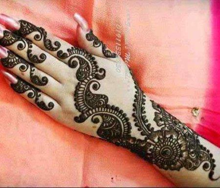 See Latest Mehndi designs of 2015 for EID