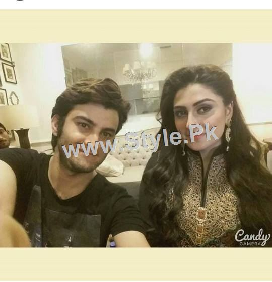 Ayeza Khan's upcoming drama is POSHAK (6)