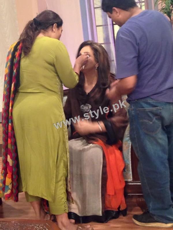 Bushra Ansari's first appearance as Morning show host on GEO TV (2)
