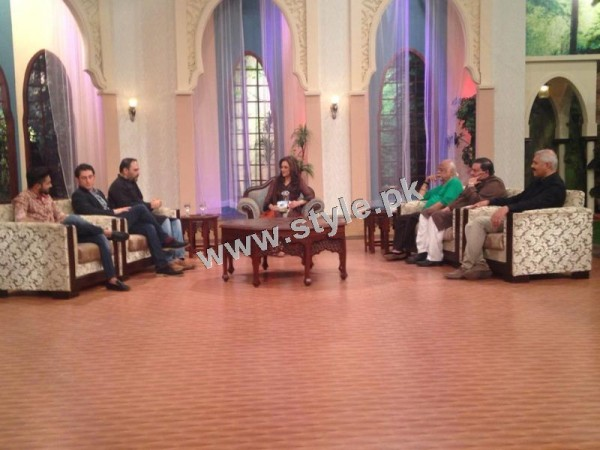Bushra Ansari's first appearance as Morning show host on GEO TV (6)
