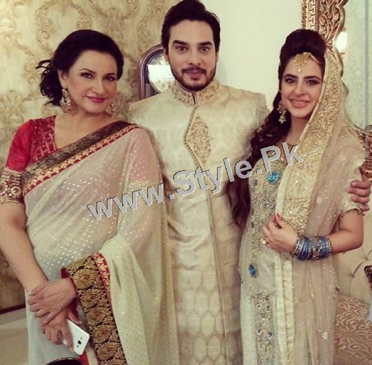 Fatima Effendi and Kanwar Arsalan are appearing as couple in a TVC (4)