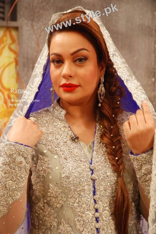 Latest pictures of Sadia Imam (7)