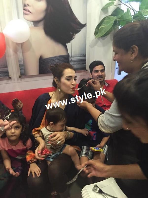Nadia Hussain Celebrated first anniversary of Nadia Hussain Salon (7)