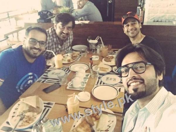Special Breakfast of Fahad Mustafa and Faisal Qureshi (2)