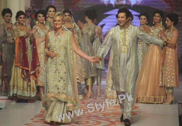 Stunning Bhabhies of Pakistan (2)