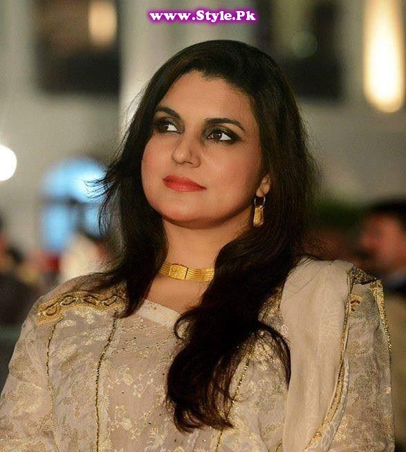 Most Stylish Female Politicians of Pakistan (5)