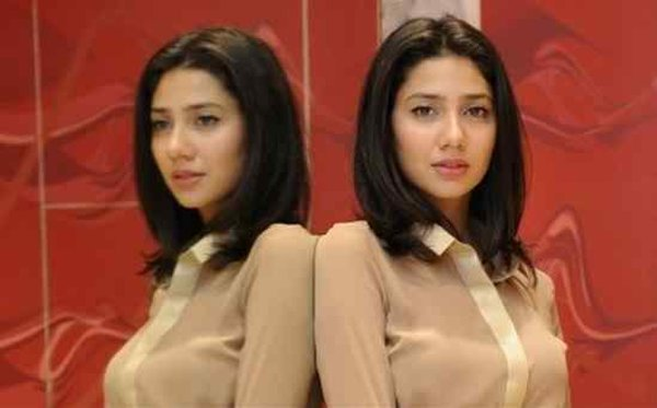 Which Pakistani Actresses Looks Beautiful In Short Hair005