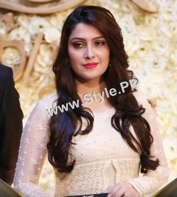 Celebrities who looked best at Lux Style Award 2015  (8)