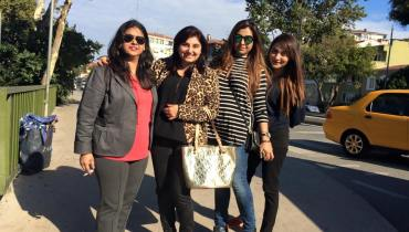 See Pictures of Javeria Saud on Istanbul Tour