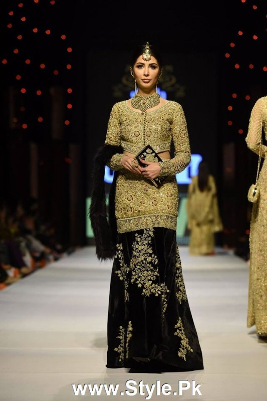Classy Looks of Pakistani Models on FPW15 Day 1 (6)