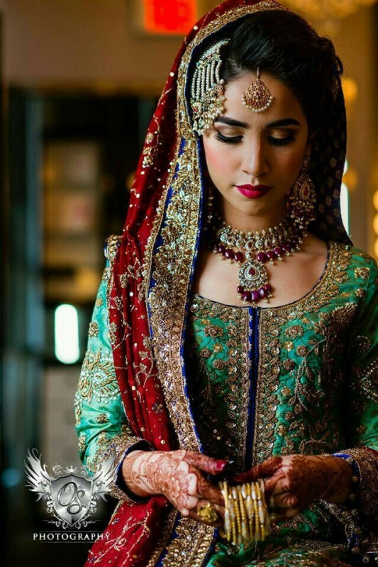 pakistani bridal jewelry sets for red dress