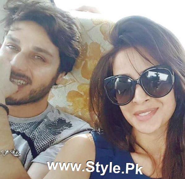 Pictures of Ahsan Khan and Saba Qamar on the set of Muhabbat ki Akhri Kahan (3)