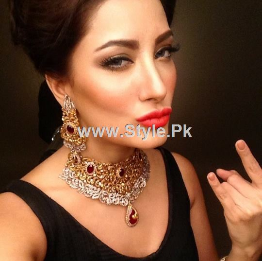 10 Times Mehwish Hayat looked like DON (3)