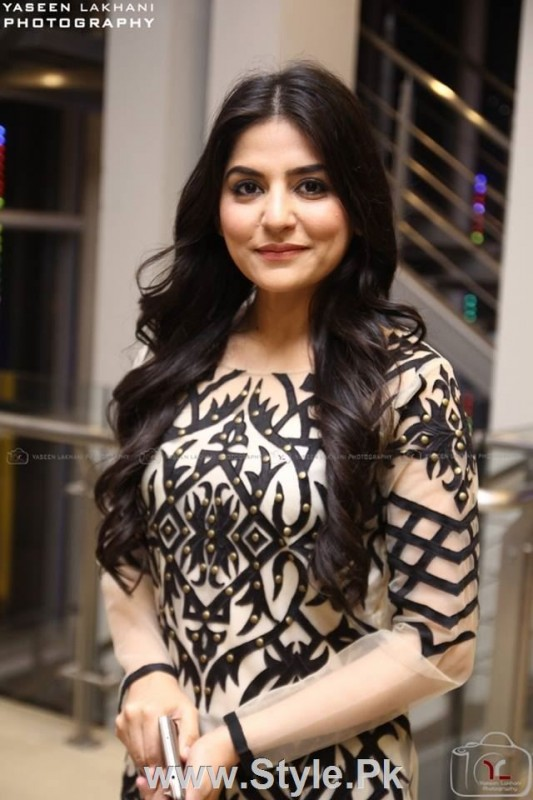 Celebrities at the Karachi Premiere of Ho Mann Jahan (15)