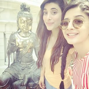 Pakistani celebrities During Travelling-mawra