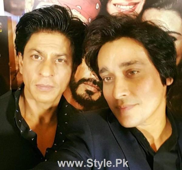 SRK and Kajol in Subah Saveray Samaa K sath (4)