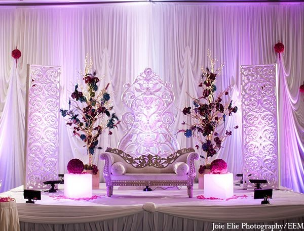 Simple Wedding Ceremony Stage Decoration Ideas