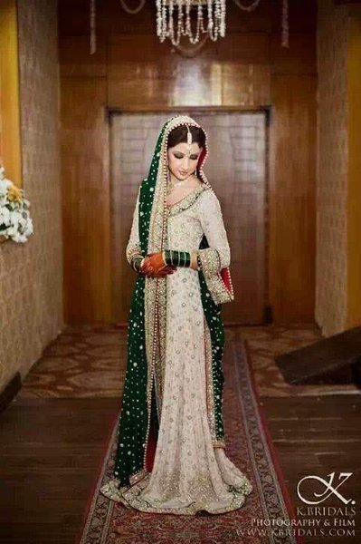 Engagement Dresses Trends 009
