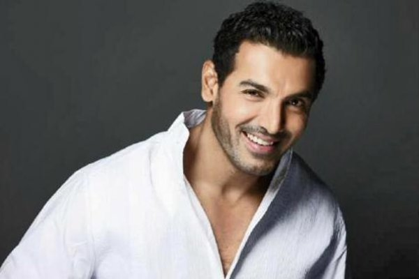 List Of Bollywood Actors And Their Obsession001