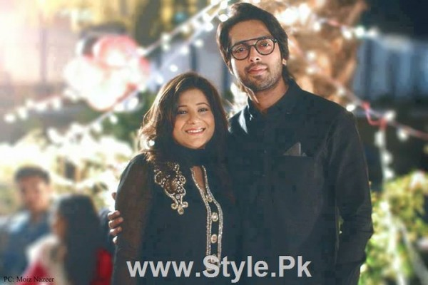 Pakistani Actors with their wives (2)