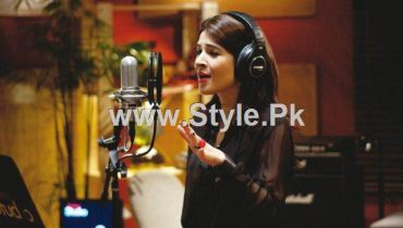 See Pakistani Actresses who are also singers