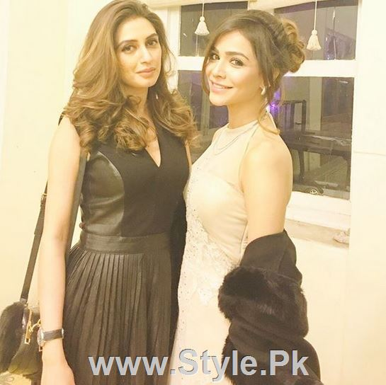 See Pictures of Pakistani Celebrities on New year's Eve